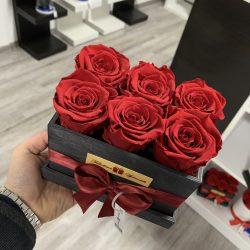 6 szálas Örök rózsa / Forever Rose fa díszdobozban - VÖRÖS